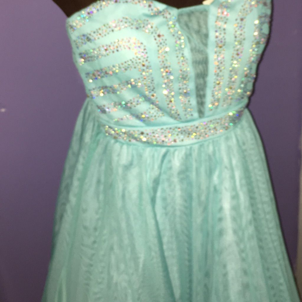 Beautiful dress never worn products
