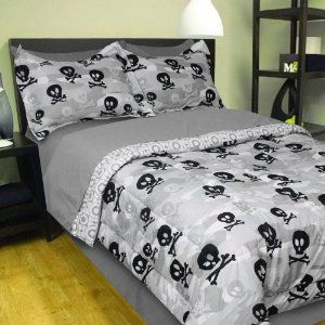 Queen Bed Sheet And  Pillow Cases Mainstays