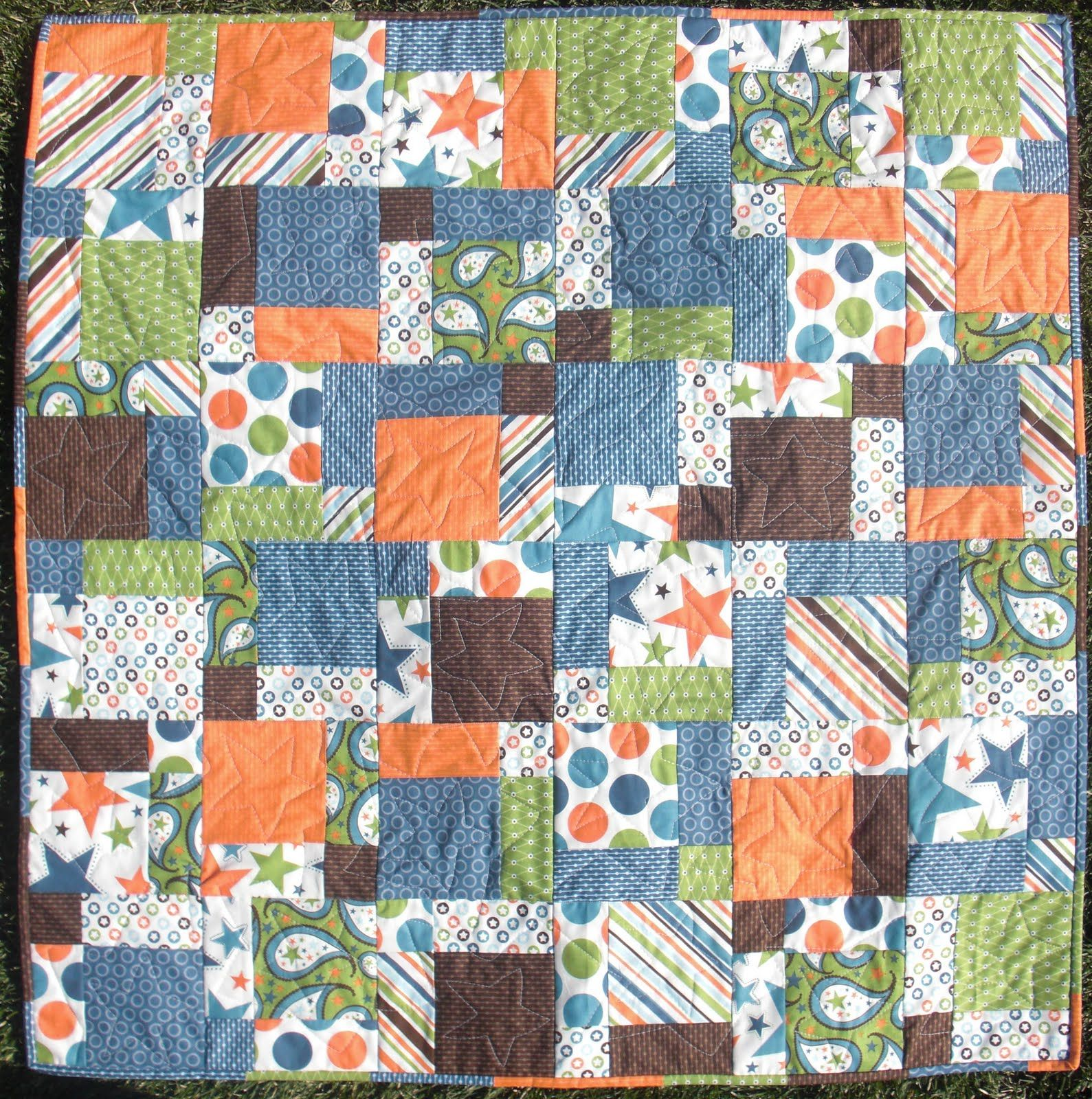 Disappearing nine patch tutorial - also includes fabric yardage ... : guidelines for quilting - Adamdwight.com