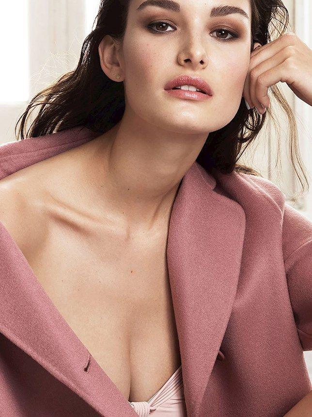 Ophelie Guillermand Storm Models Makeup artist