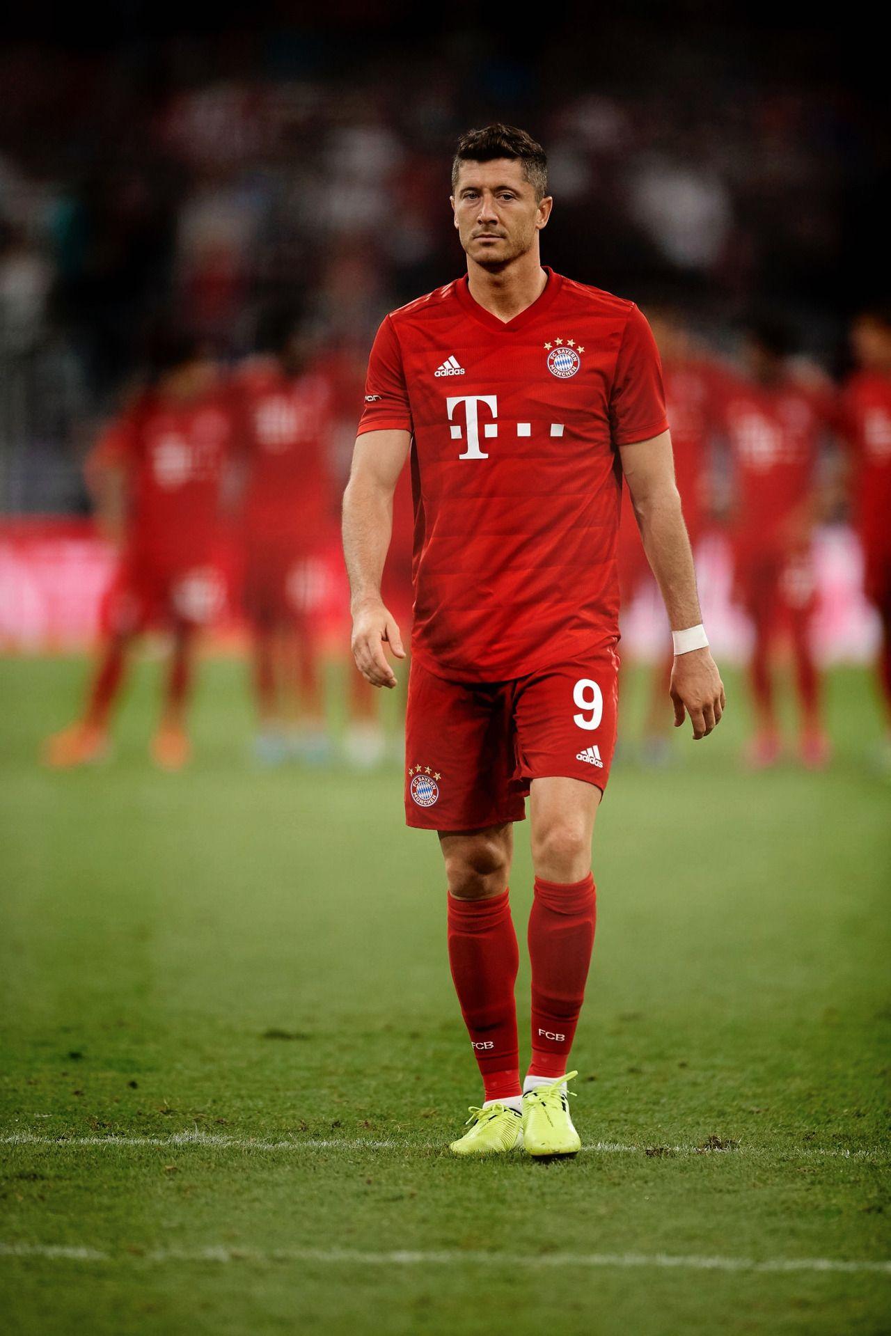 On Bayern Munich Footbal Player
