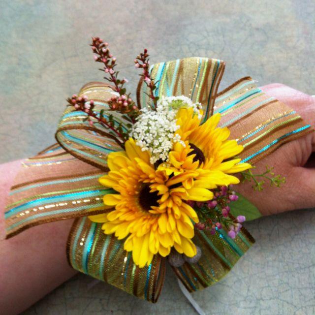 Empress White Beaded Corsage Flower Bracelet Wristlet