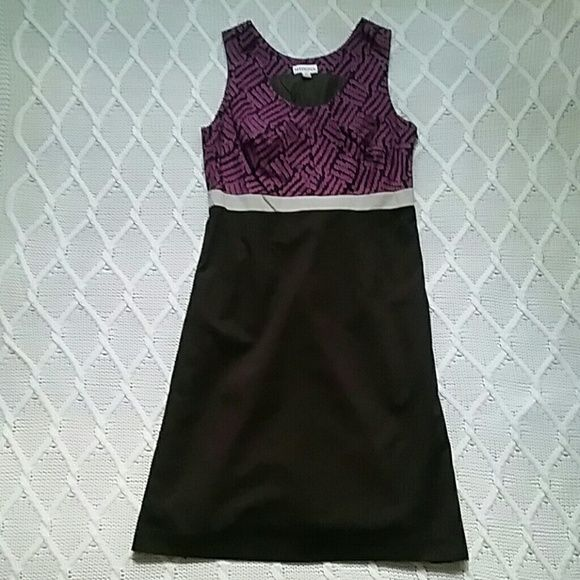Knee length sleeveless dress Merona knee length sleeveless dress. Minimal wear! Merona Dresses Midi