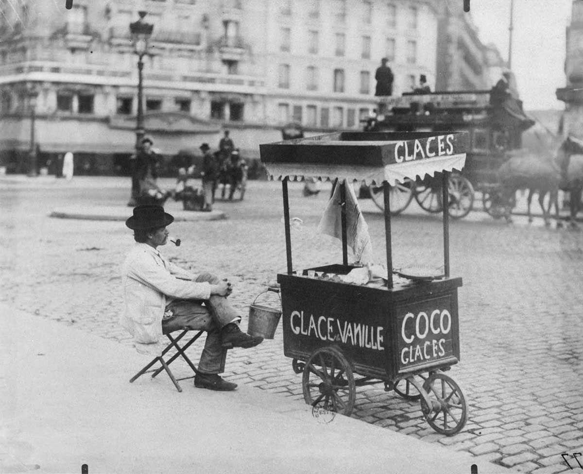 photo insolite noir et blanc petits metiers paris vintage 1900 marchand de glace glacier eugene. Black Bedroom Furniture Sets. Home Design Ideas