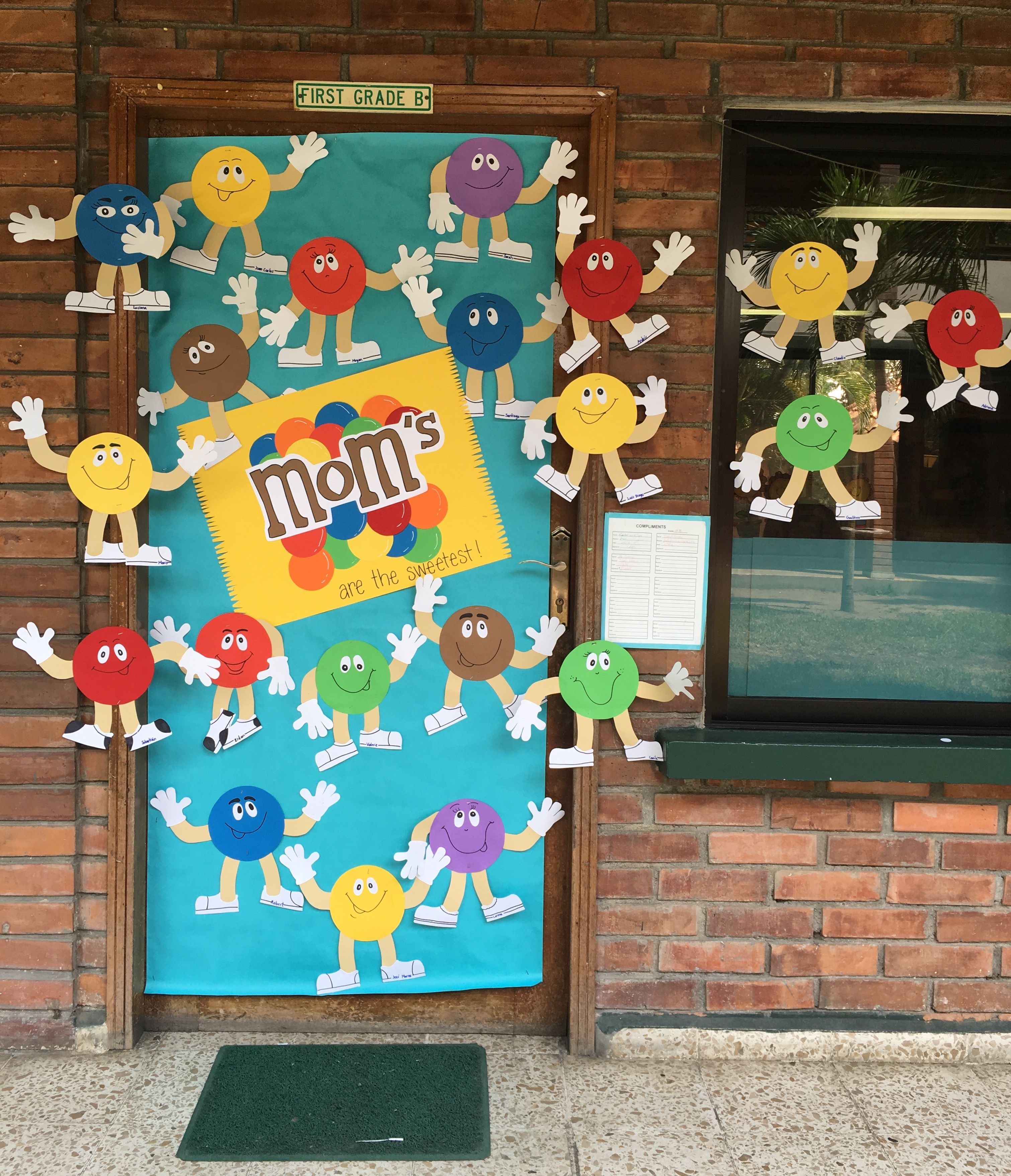 Mothers Day Door Decoration Moms Are The Sweetest