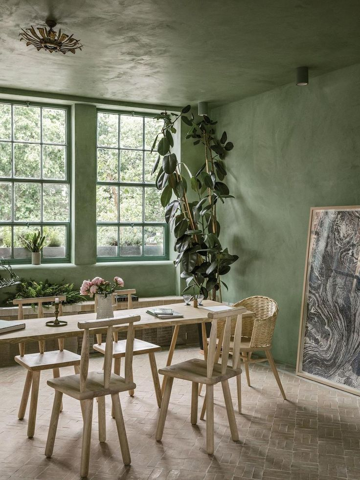 Shoreditch Design Rooms: A Loft That Is Anything But Industrial