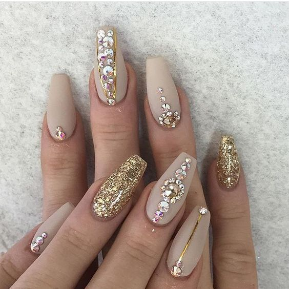 75 gold silver white bling glitter wedding nails pinterest unha are you looking for gold silver white bling glitter wedding nails see our collection full junglespirit Choice Image
