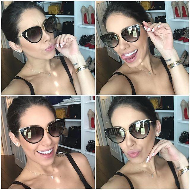 Sabrina @sabrinayacoub sua linda! Chegou o óculos mais lindo que já tive na vida! Obrigada! Não saio de casa há dias mas hoje tomei sol na janela do closet hahahaha amei amei amei! Sigam a loja @sabrinayacoub ela arrasa!  #Dita #HeartBreaker #Sunnies  ________________  @sabrinayacoub my dear I've just received the hottest shades I've ever owned! Thank you so much! It's been days from the last time I left home but today I tanned in front my closet's window Hahahaha follow @sabrinayacoub 's…