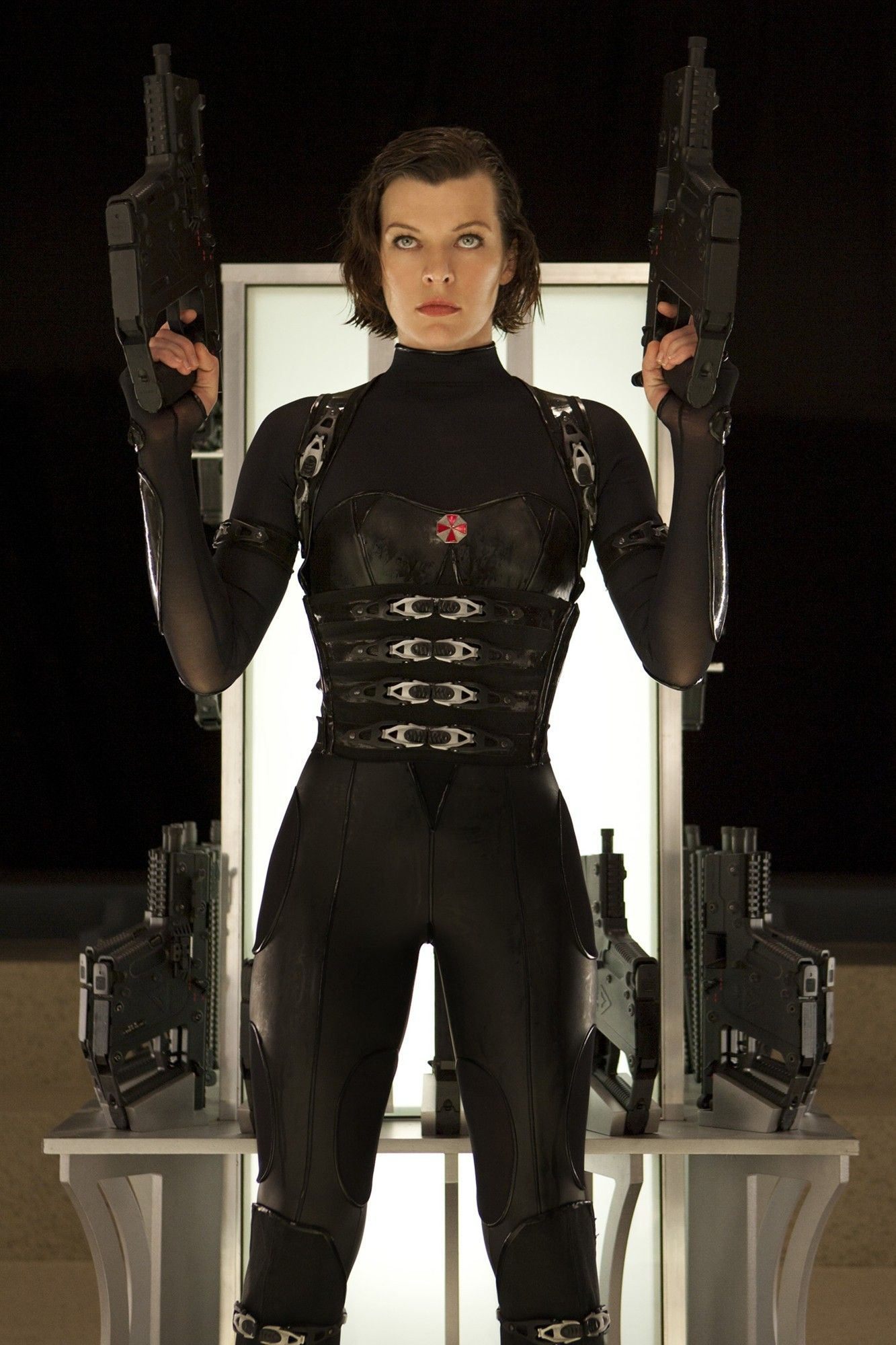 Alice Ada Becky Leon And Jill Travel To Wesker S Base The