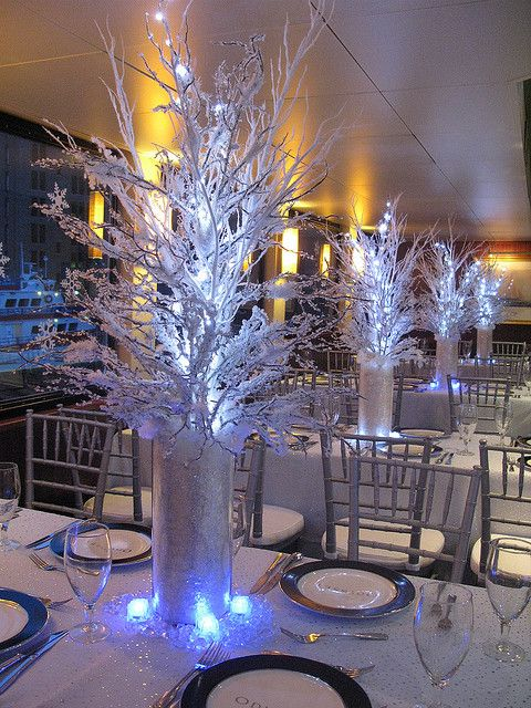 Winter Theme Centerpiece In 2019 Wedding Ideas Pinterest