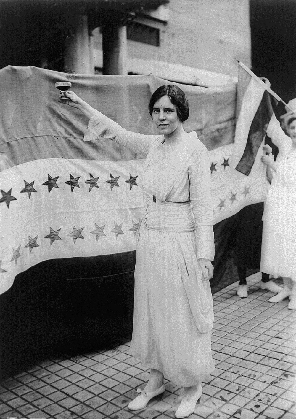 The Equal Rights Amendment May Pass Now It S Only Been 96 Years Published 2019 Alice Paul Suffragette Political Fashion [ 1412 x 1000 Pixel ]