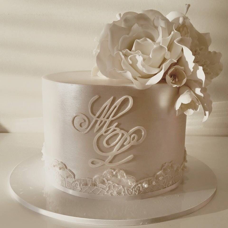 Pretty Fondant Wedding Cakes Wedding Cake Designs Wedding