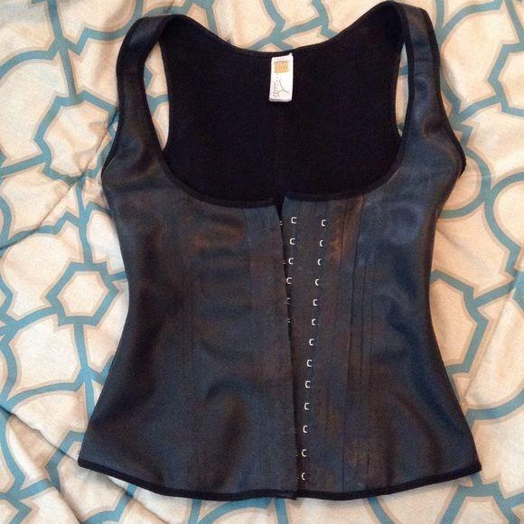 Ann Chery 2027 Waist Trainer Vest Size 34 Medium Waist Trainer