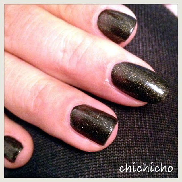 Ciate Advent Calendar Day 12 - Twilight 072 | chichicho~ nail art addicts