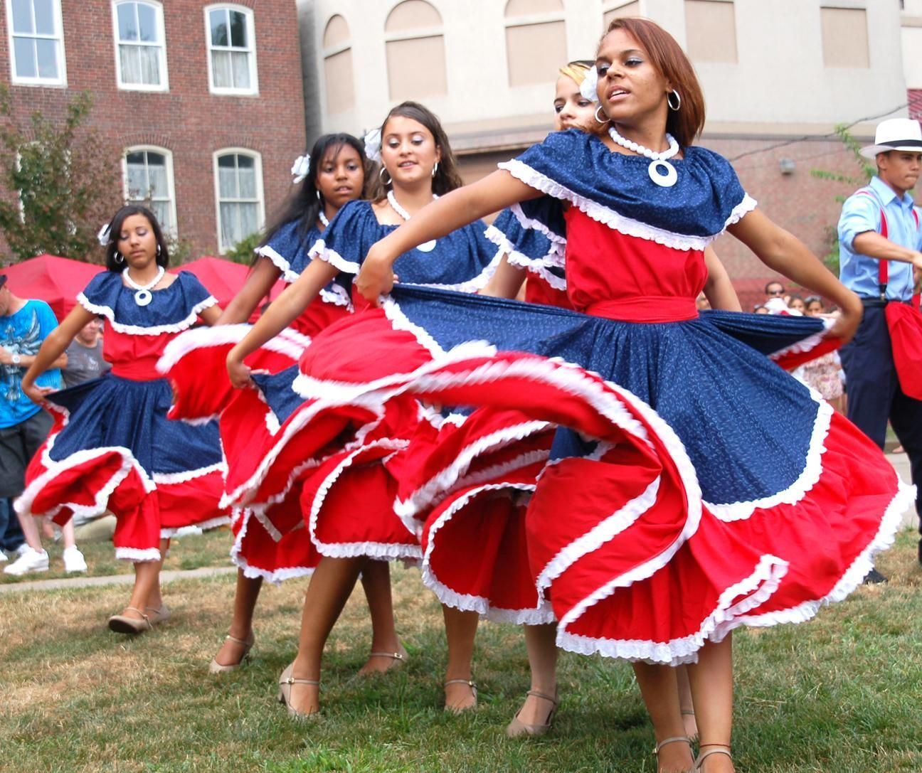 Pics For Traditional Puerto Rican Clothing Women