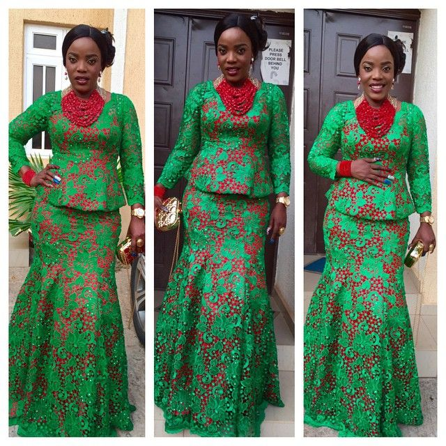 Wedding In Nigeria Traditional Dresses: Empress Njamah Dazzles In Traditional Attire To Her Sister