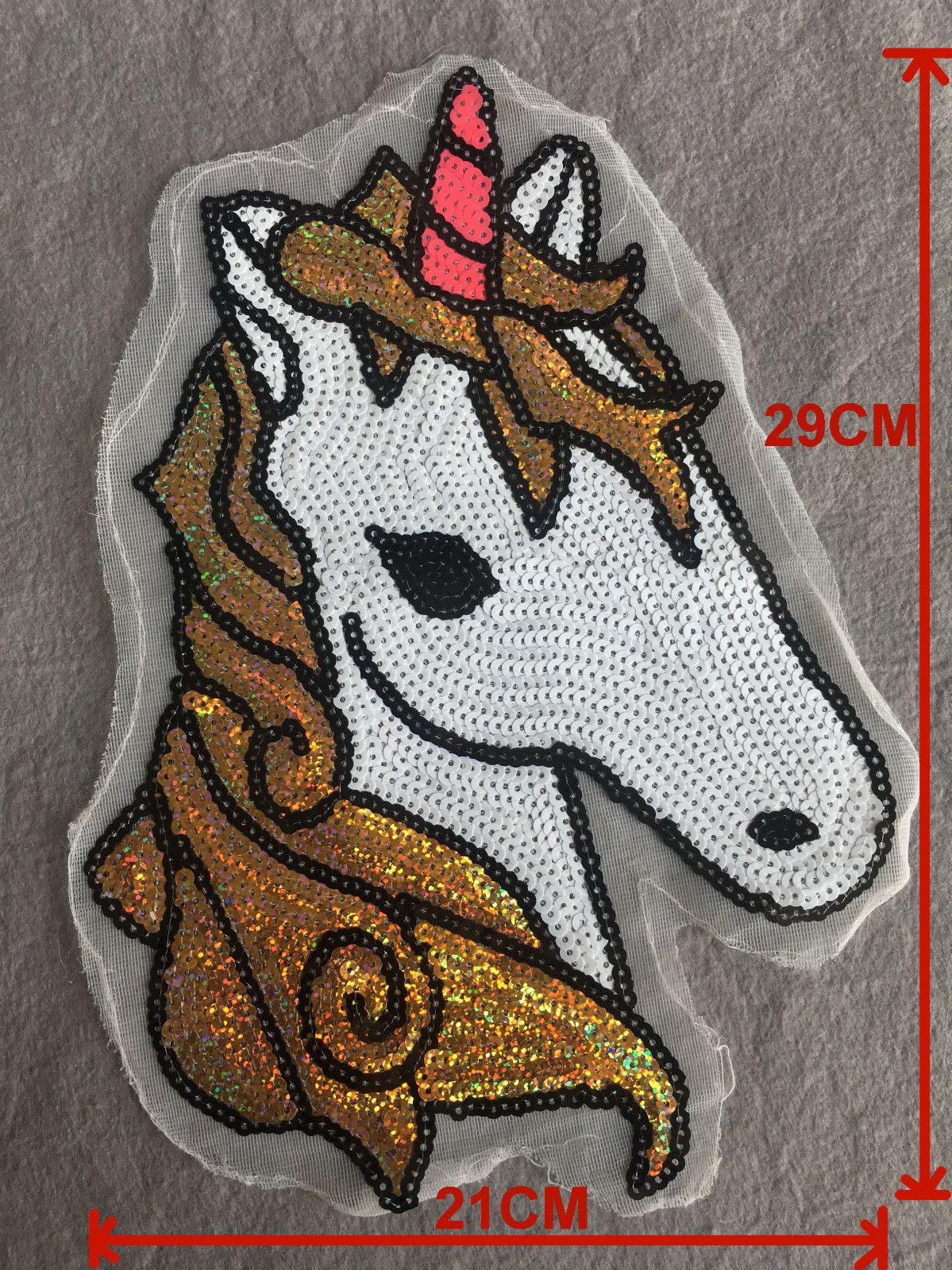 1 x Embroidered Unicorn Sew On//Iron On Patch Badge Applique DIY Motif