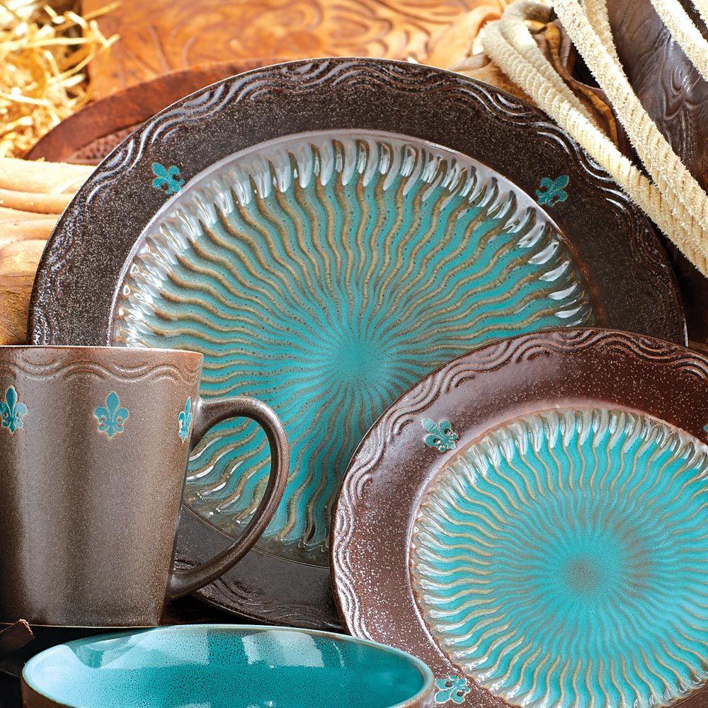 Western Kitchen Decor Sets: Monarch Dinner Plates - Set Of 4