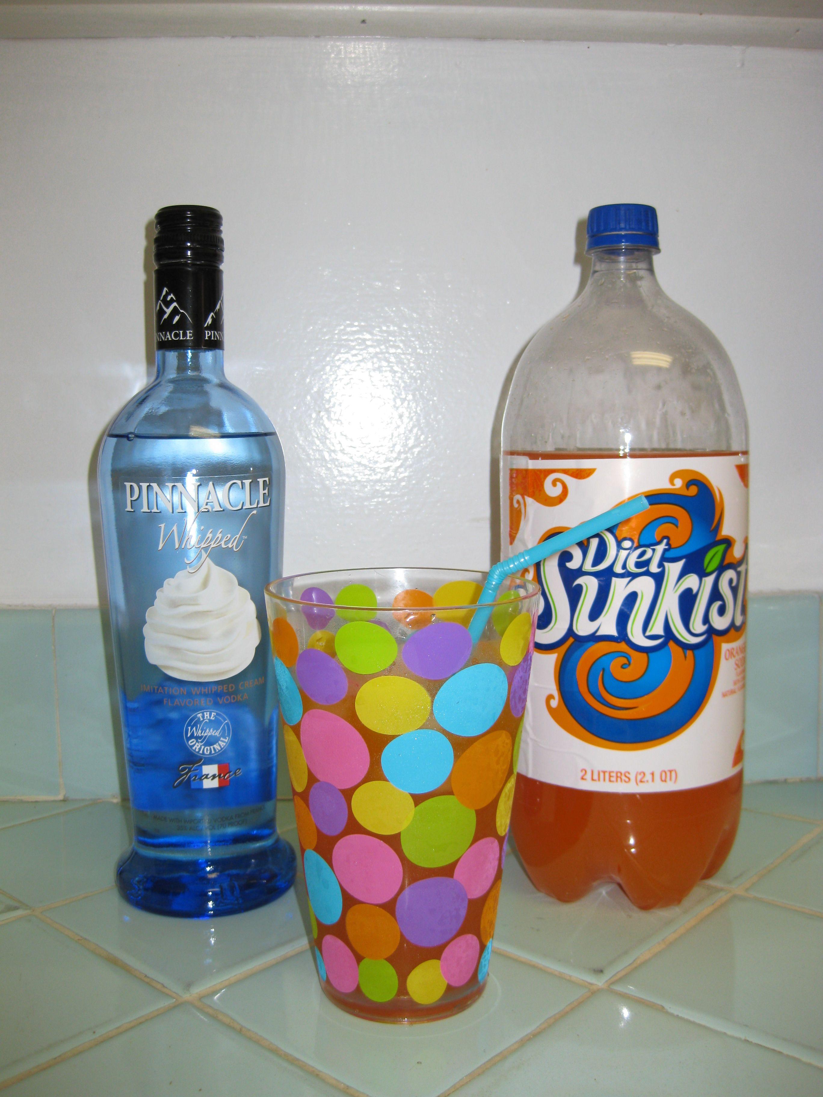 Orange Creamsicle Cocktail Tastes Just Like A 50 50 Bar Orange Creamsicle Orange Cream Creamsicle