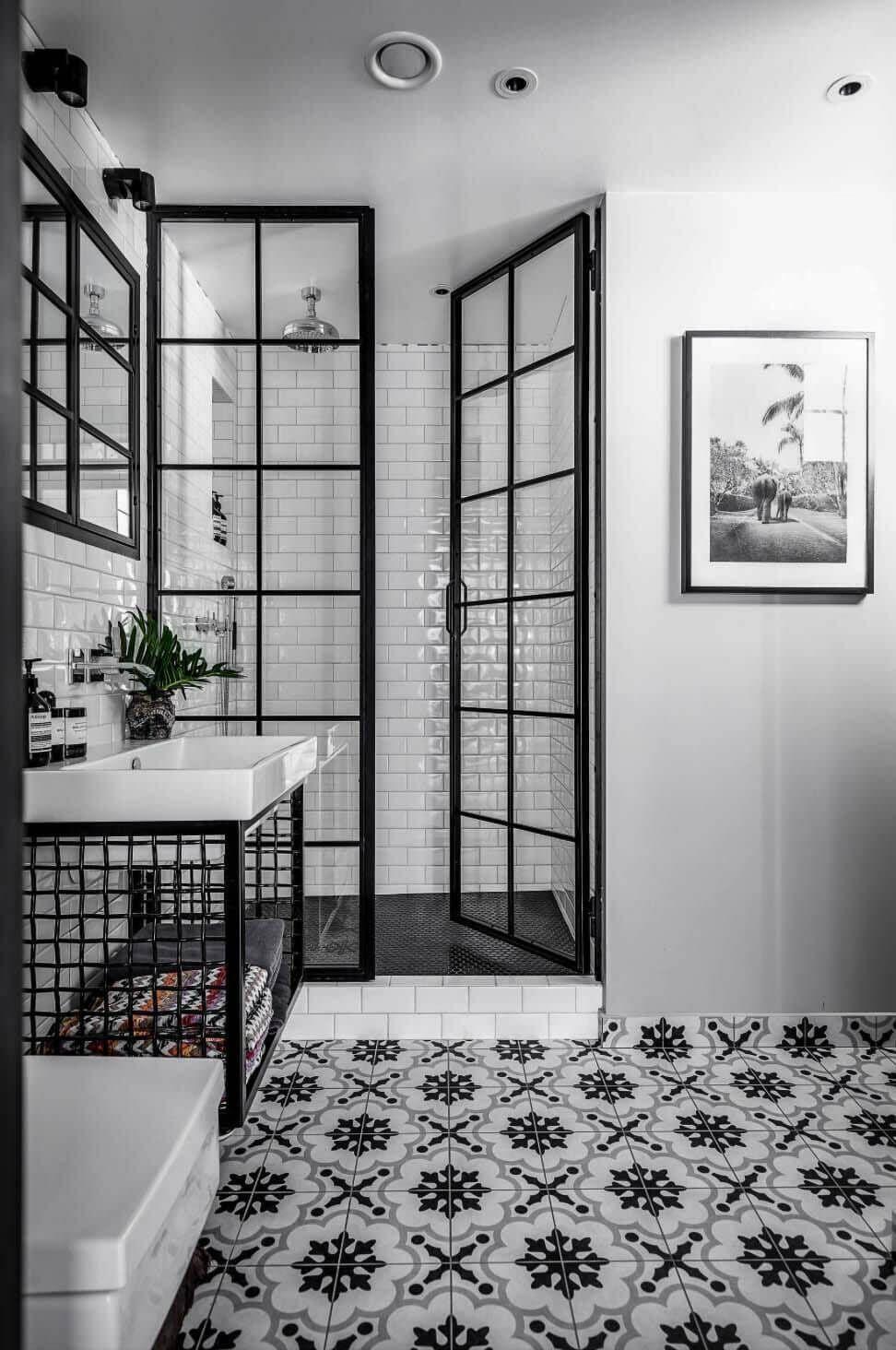 55 Extremely Stunning Bathroom Tile Ideas 2020 You Should Try Dovenda In 2020 Industrial Bathroom Design Bathroom Interior Black White Bathrooms