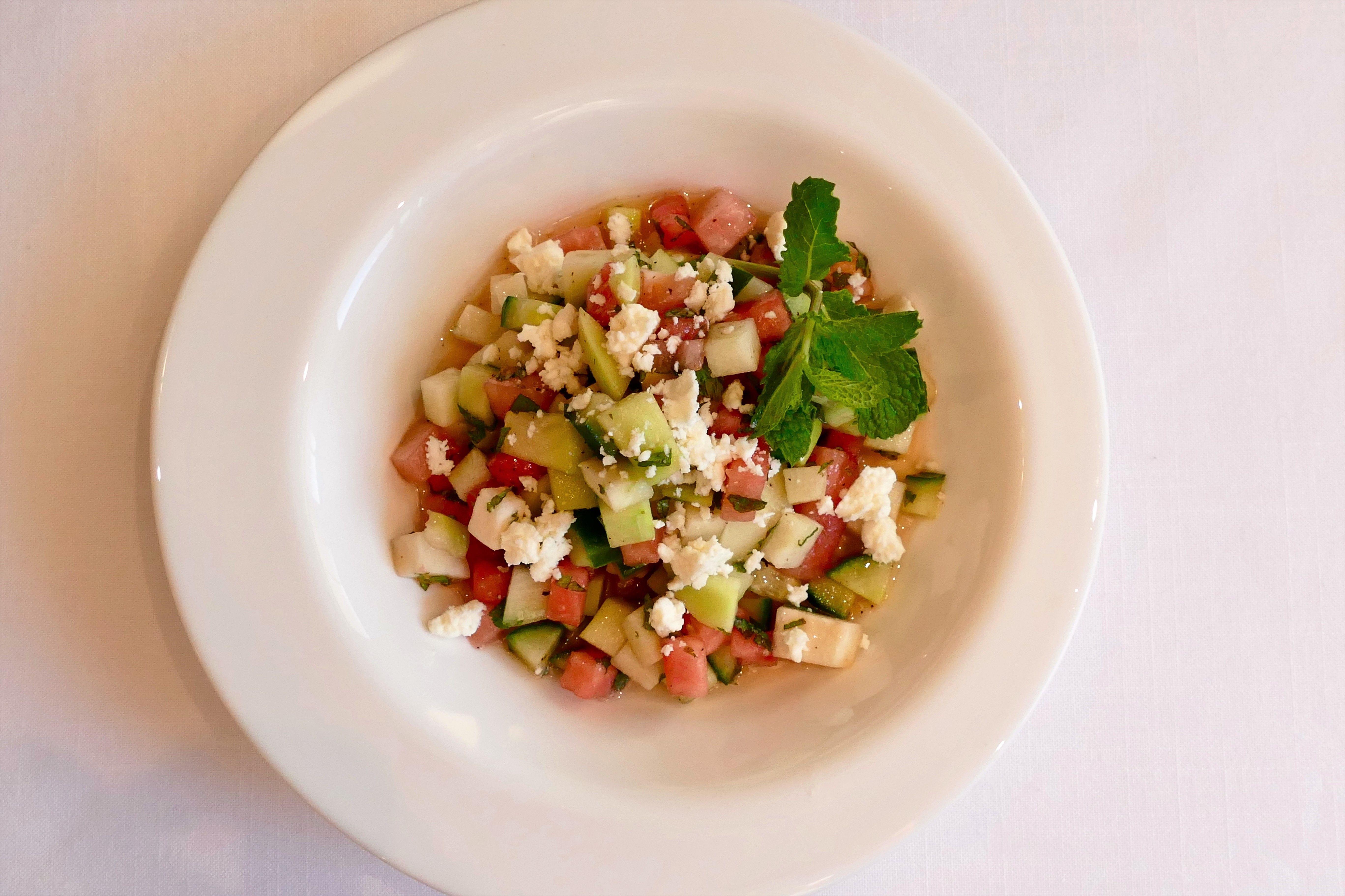 Salade De Melon Chayotte Concombre Et Feta Avec Vinaigrette Miel