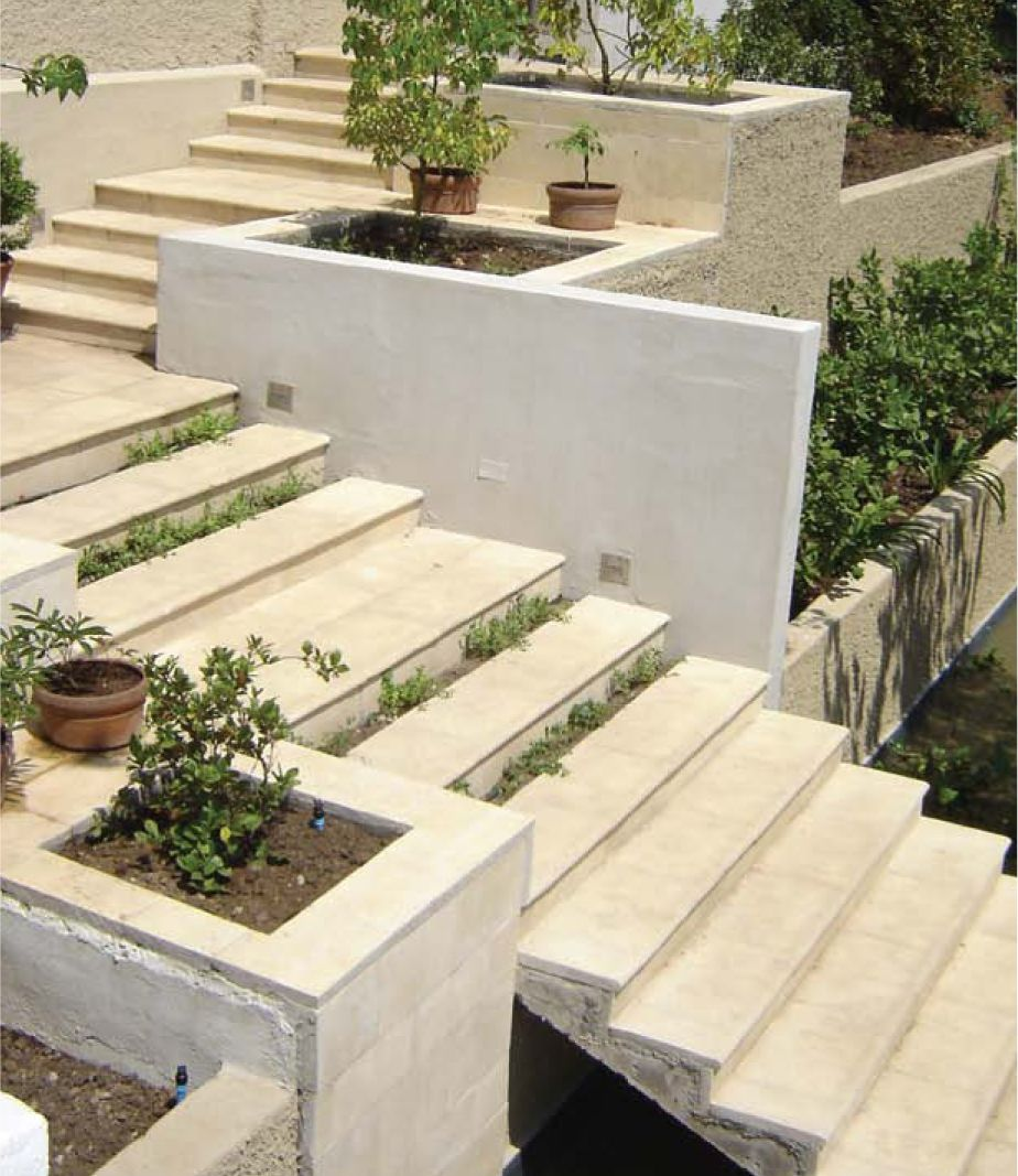 La cantera piedras preformadas para gradas gradas gde02 for Escaleras exteriores para casas