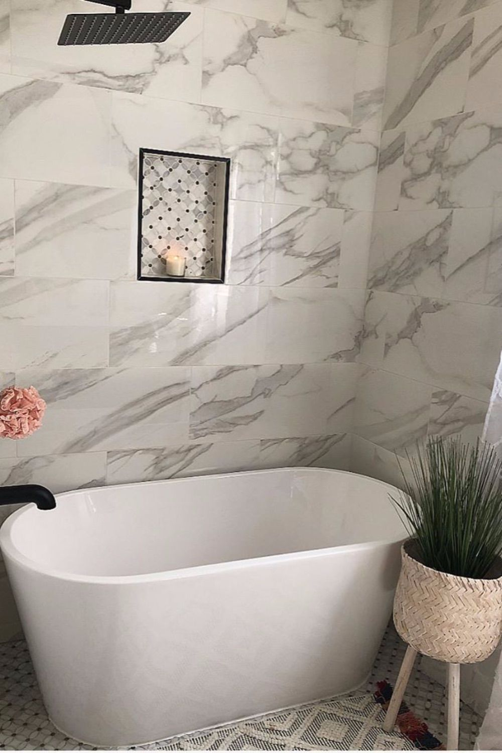 These Gray Bathroom Ideas Are Total Candy For Your Eyes In 2020 Grey Bathrooms Marble Tile Bathroom White Marble Bathrooms