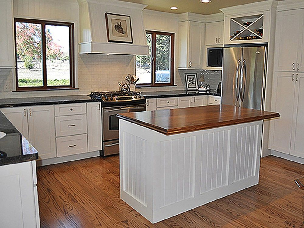 Sebastopol california kitchen with white shaker cabinets for Beadboard kitchen cabinets