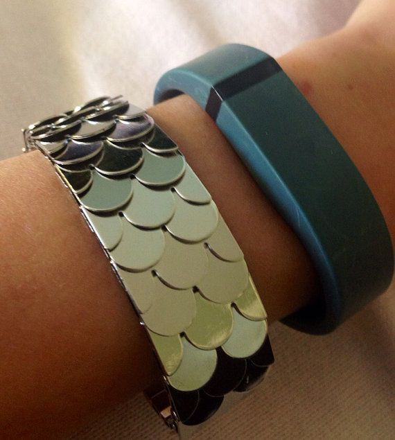 Workout Metal Bands: Make Your Fitbit Flex Into A Fashion Statement With This
