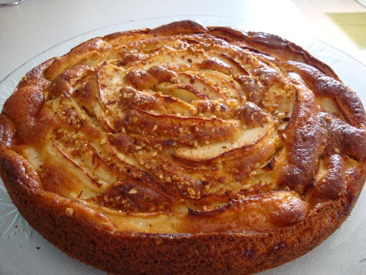 Gâteau au yaourt et aux pommes | Recette gateau au yaourt ...