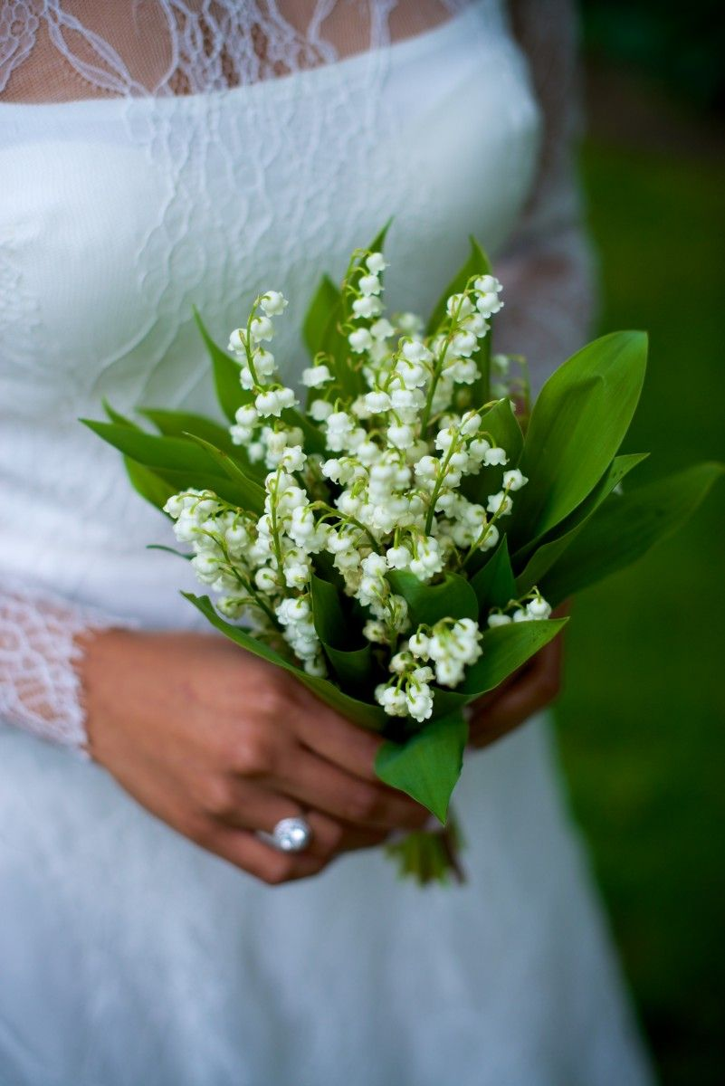 The Best Fragrant Flowers For Your Wedding Bouquet