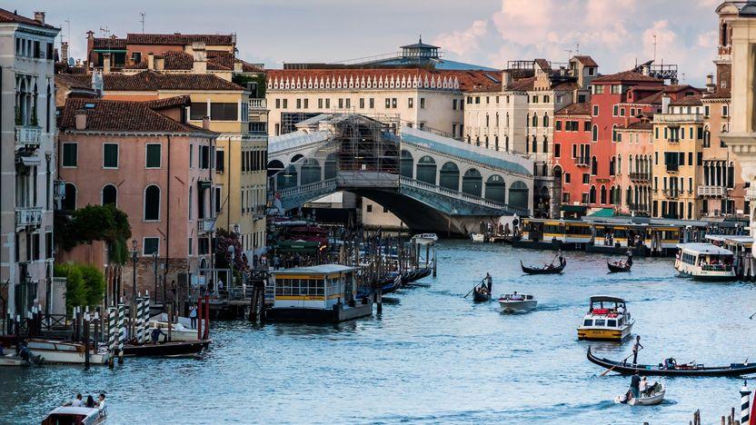 貿易で栄えた港町 ヴェネツィアルネサンスの魅力