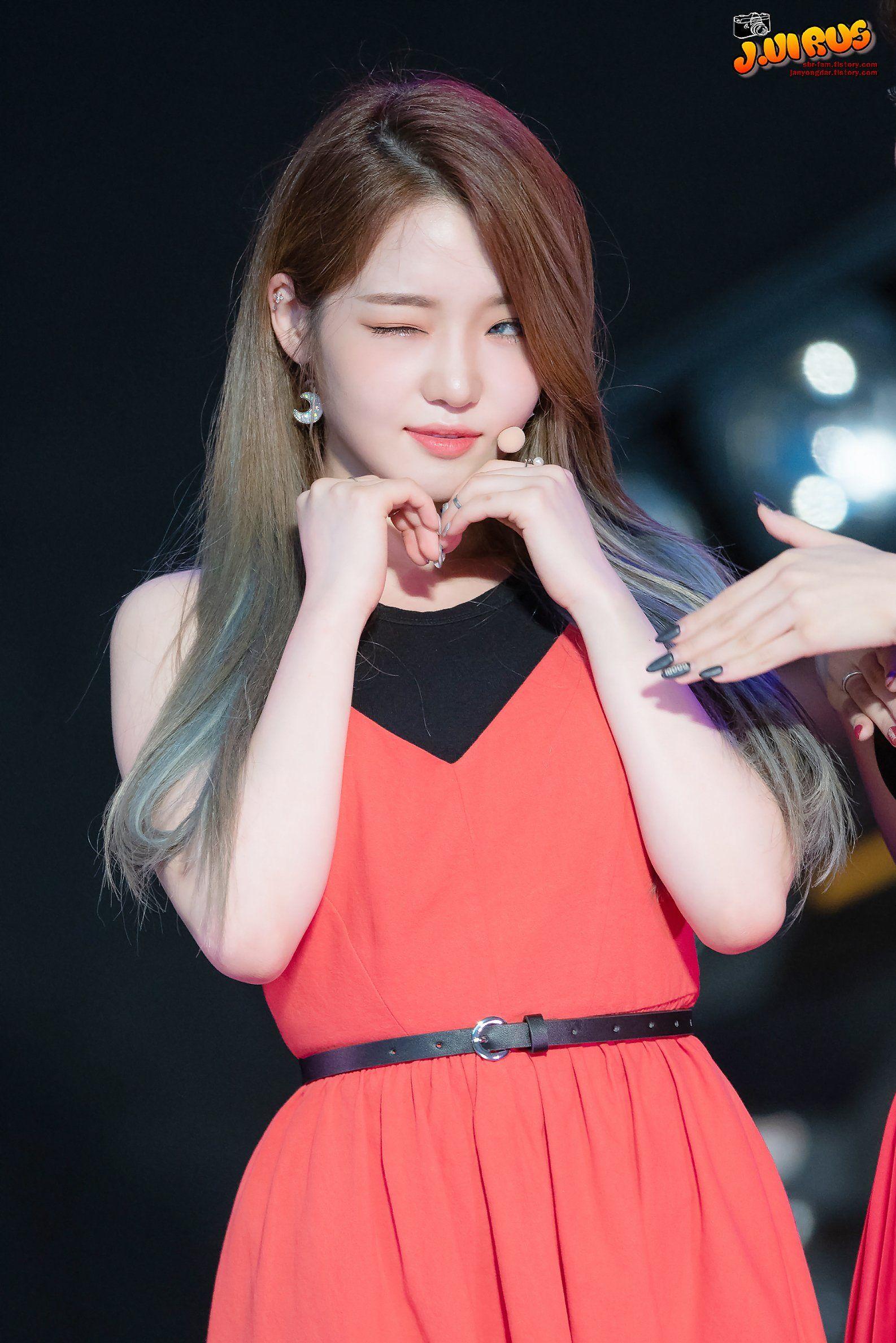 Jisun Wink Kpop Girls Girl Beauty