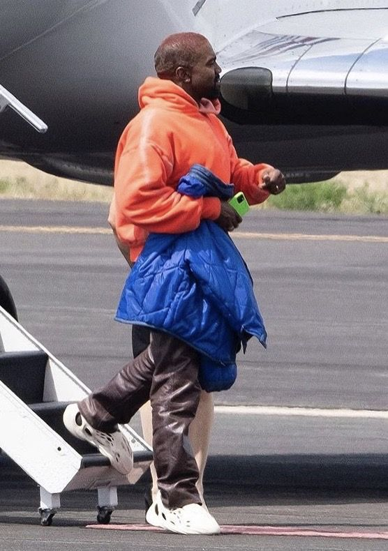Pin By Flower Boy On Yzy In 2020 Kanye West Style Kanye West Outfits Kanye Fashion