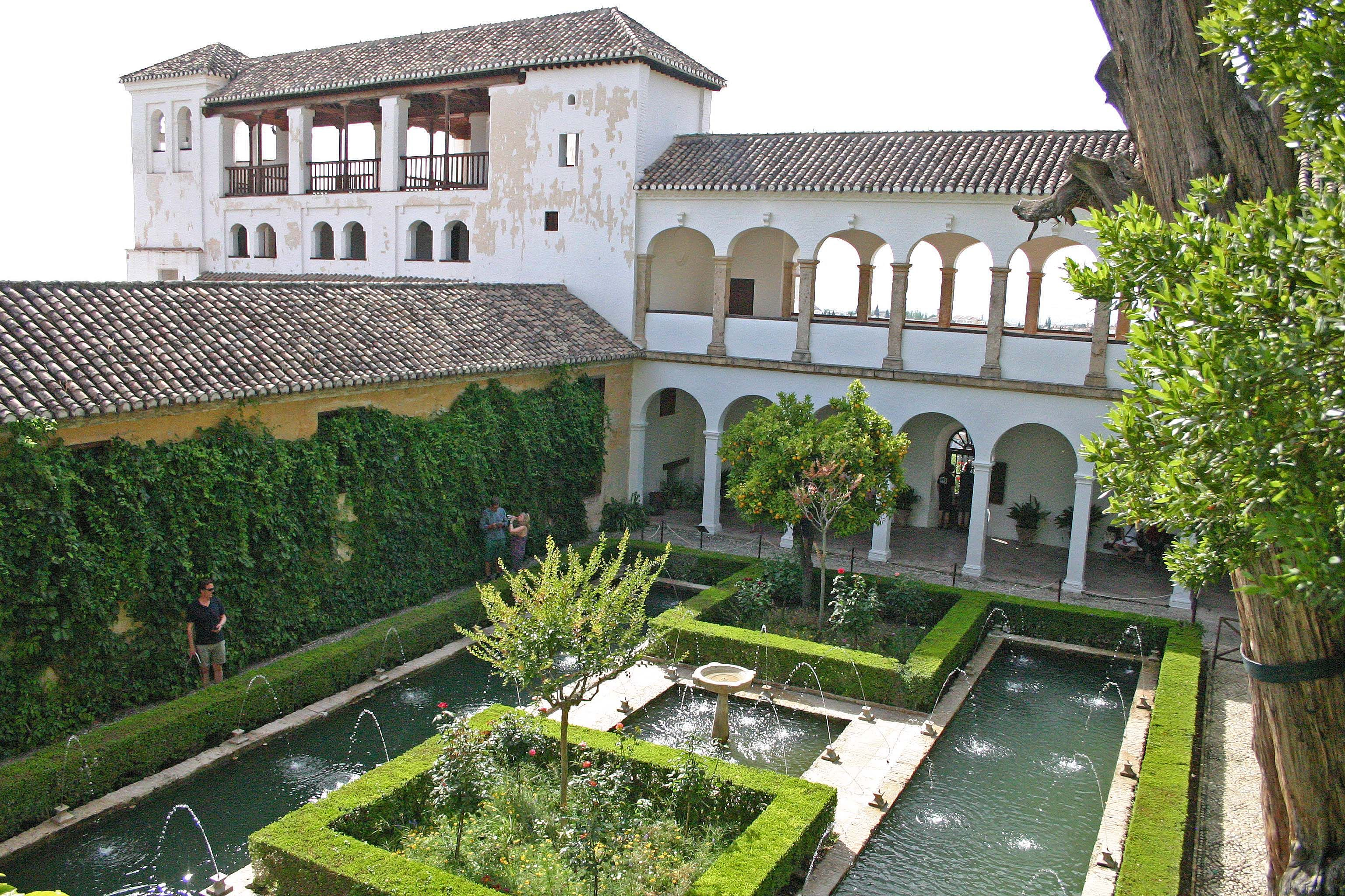 Patio de la sultana 2 alhambra de granada alhambra y for Patios de granada