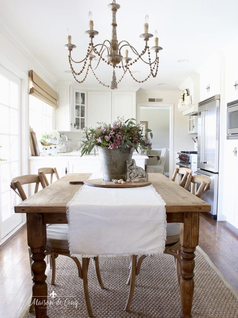 28 Simple Dining Room Ideas For A Stunning Inspiration: Easter Decorating In The Kitchen