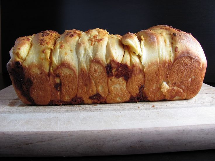 Cheddar, Beer and Mustard Pull-Apart Bread.