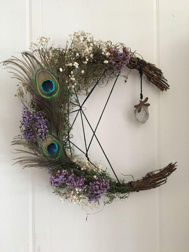 Witchy Craft ~ DIY Moon Wreath