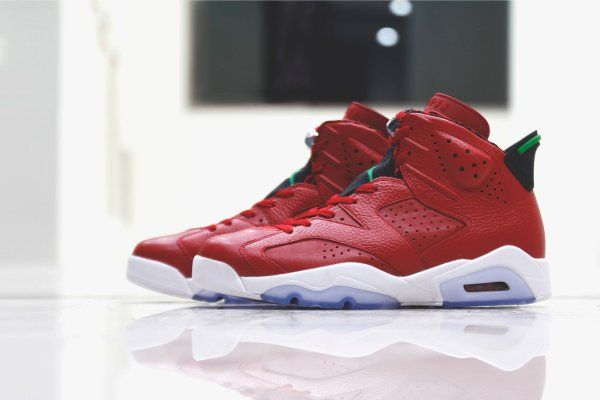 """buy popular 6fa28 58ceb A Closer Look at the Air Jordan 6 Retro """"Spiz ike"""""""