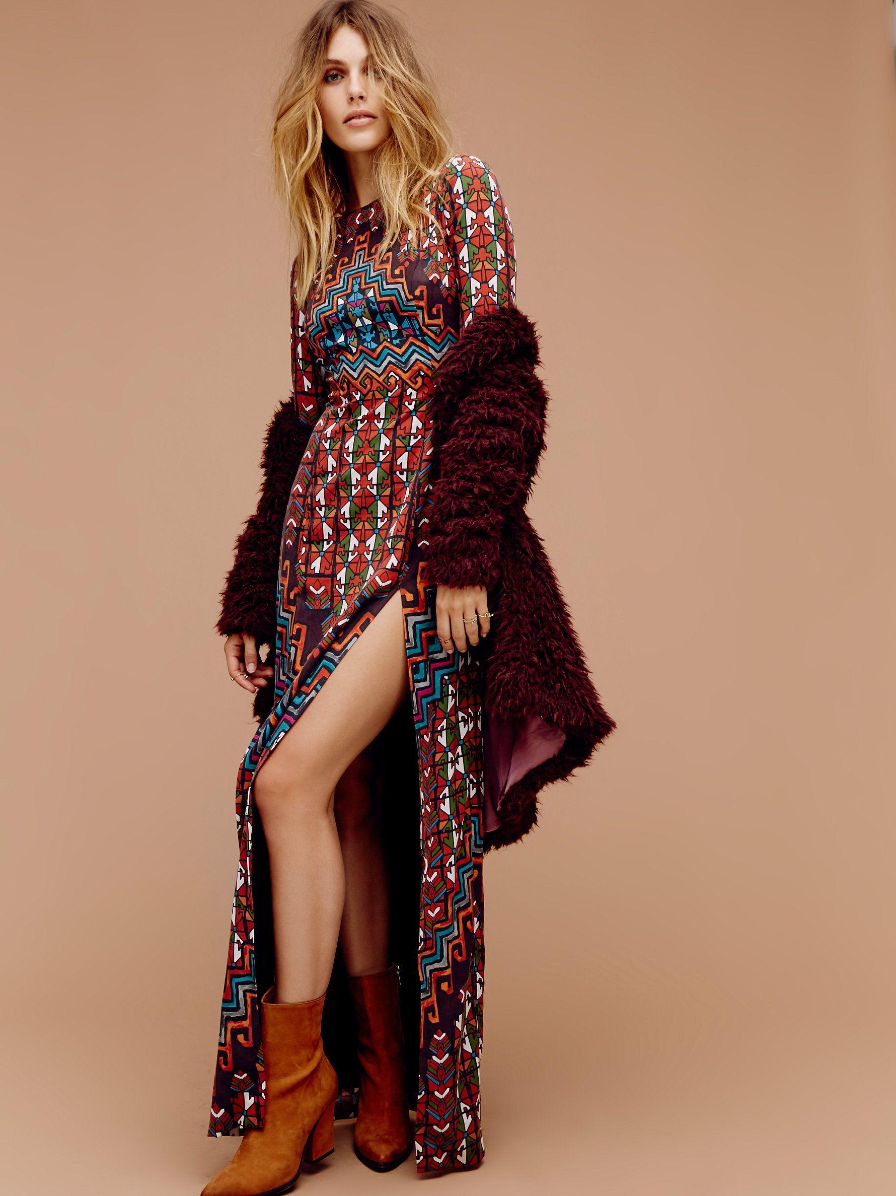 Open back bolnisi rug maxi gorgeous long sleeve printed maxi dress
