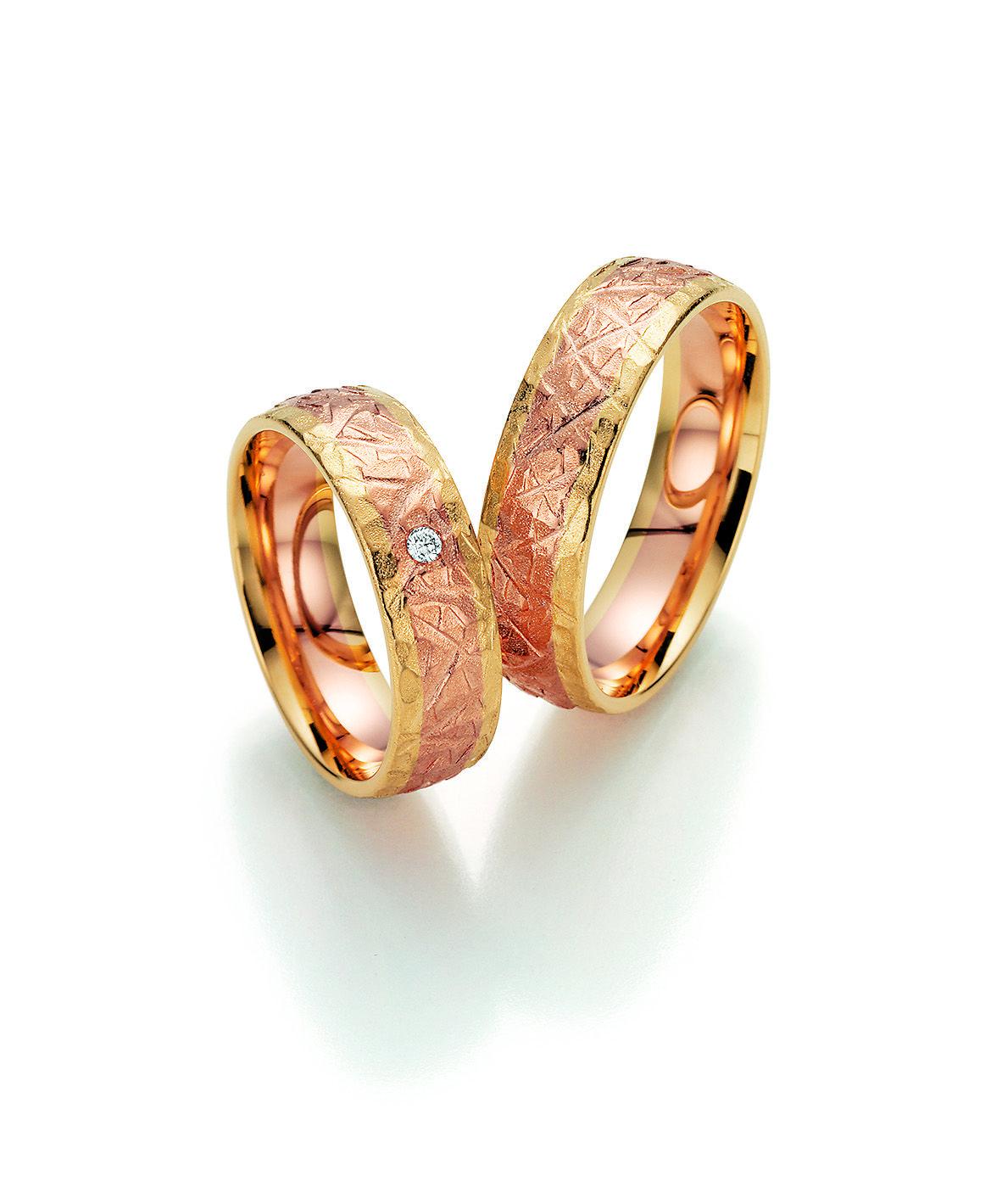 Trauringe hochzeit rotgold  Zweifarbige Trauringe von Fischer # Trauringe #Eheringe #wedding ...