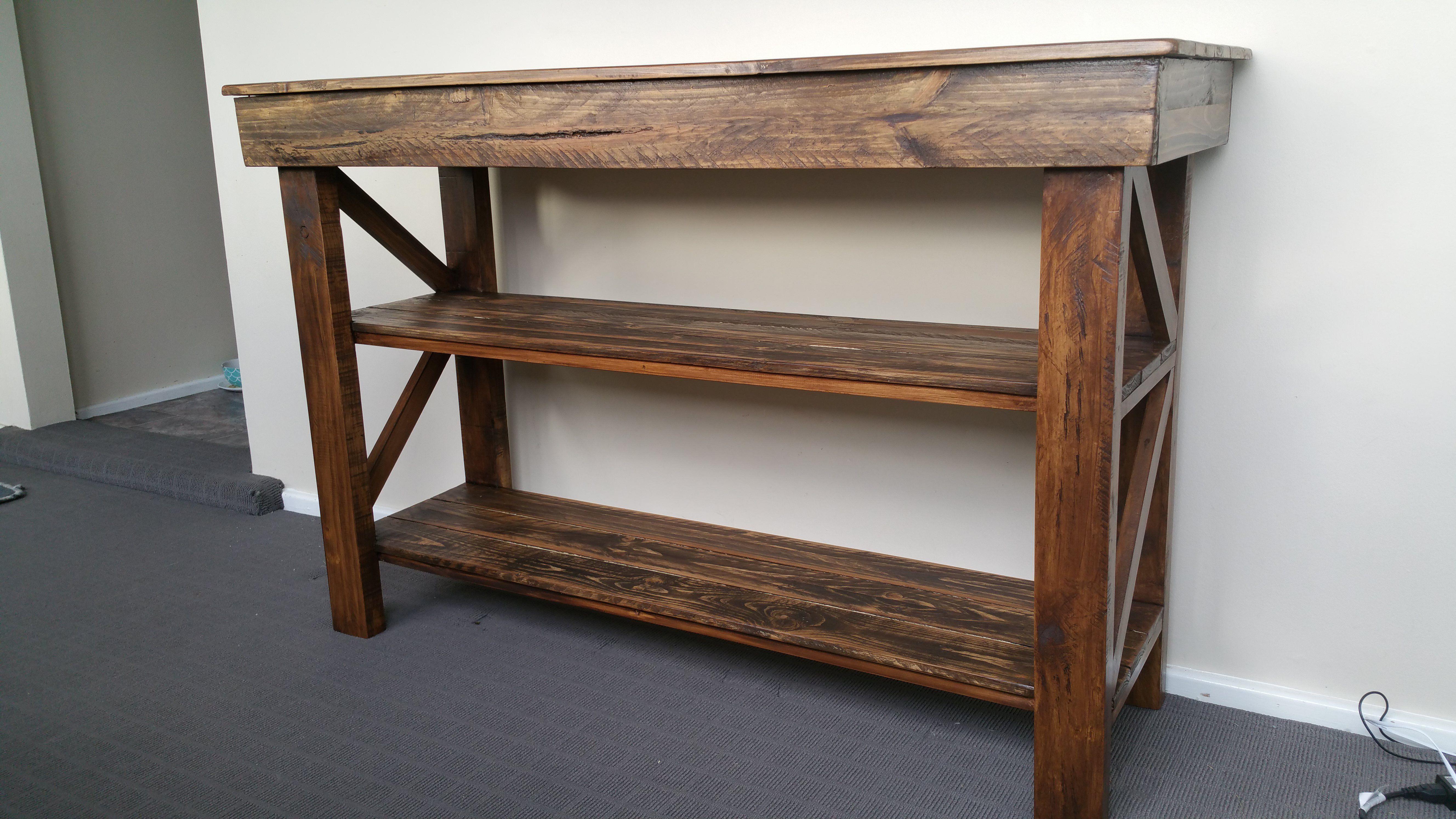 Cool Pallet Computer Deskbuffet Table #Buffet #Computerdesk #Displayunit #Livingroom #