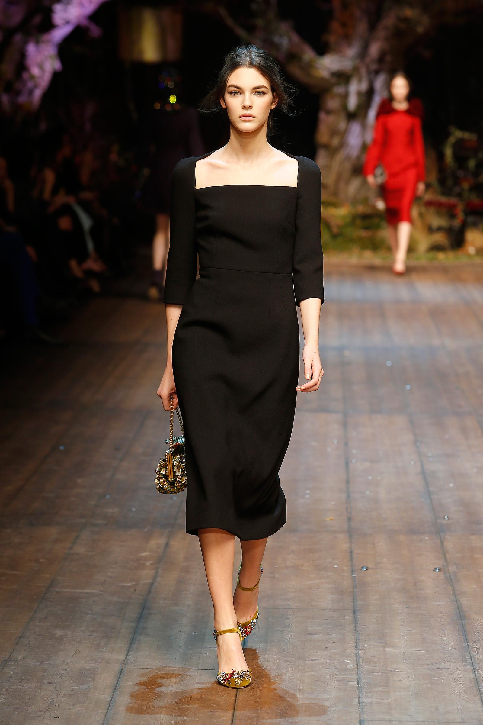 Swoon  Dolce   Gabbana Woman Catwalk Photo Gallery – Fashion Show Fall  Winter 2014 2015 aaf9fbe7246