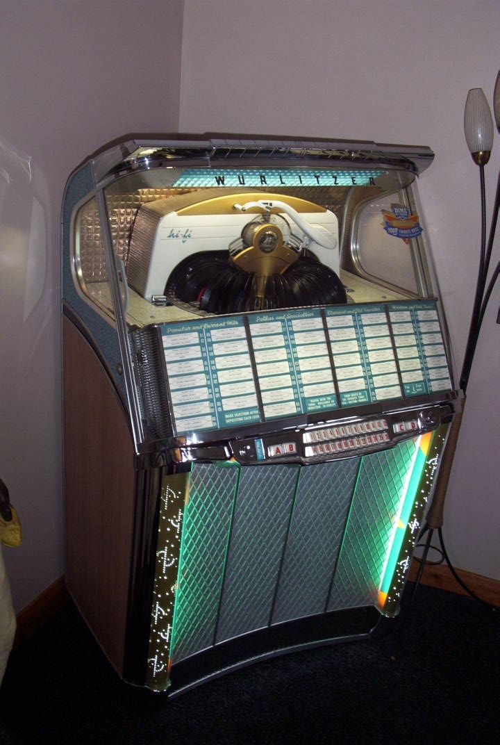 STUNNING 1957 WURLITZER 2104 JUKEBOX All You Need Is