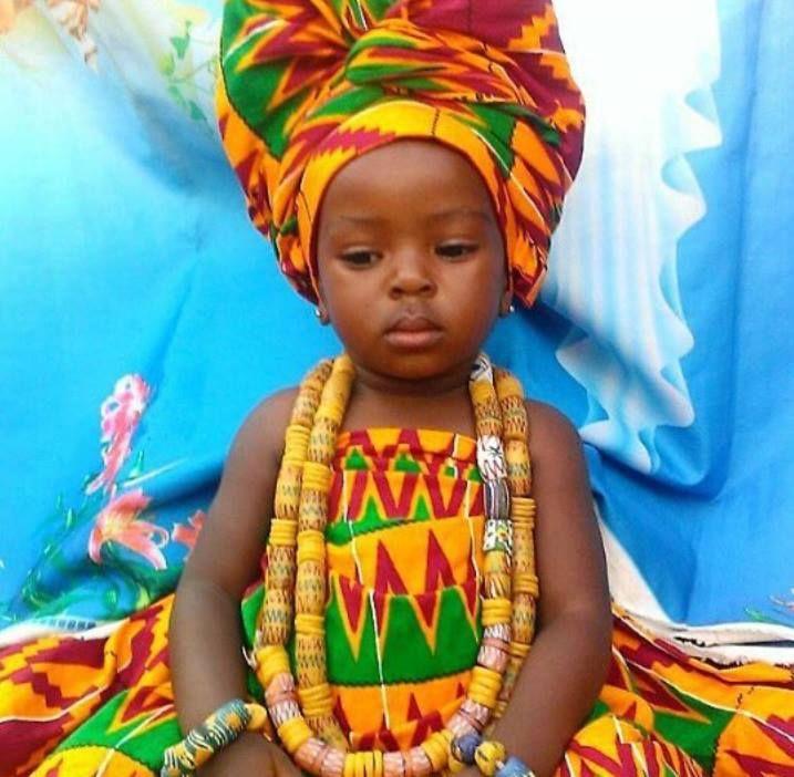 Kente cloth ghanas ashanti cultural heritage togo africa child publicscrutiny Images