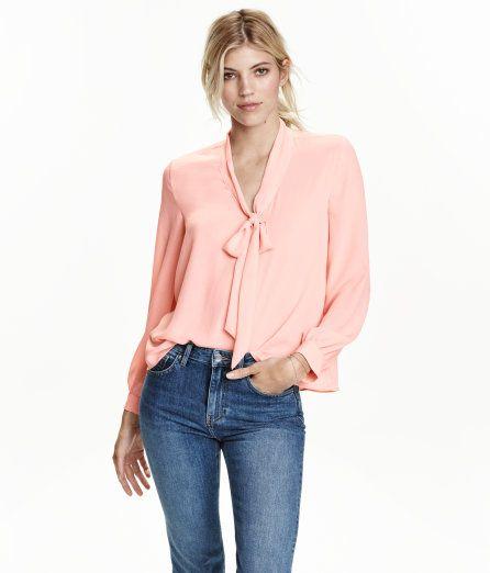 610bad67 Blouse with Tie | Powder pink | Ladies | H&M US | Personal ...