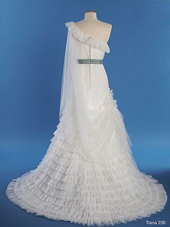 2014 Disney Princess - Tiana Dress: Back | Disney Wedding Dresses ...