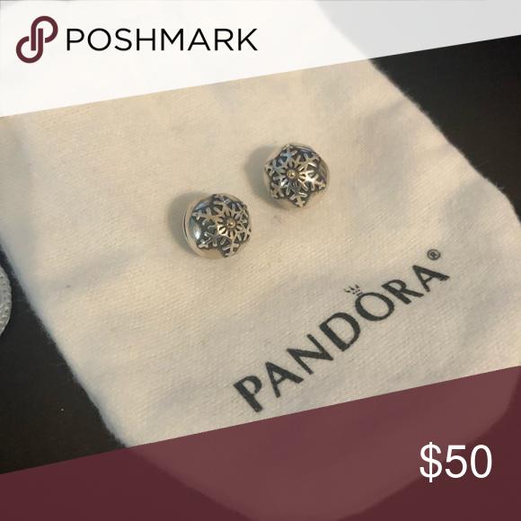 Who Sells Pandora Jewelry: Pandora Clips Snowflake Bracelet Clips X 2. Would Like To