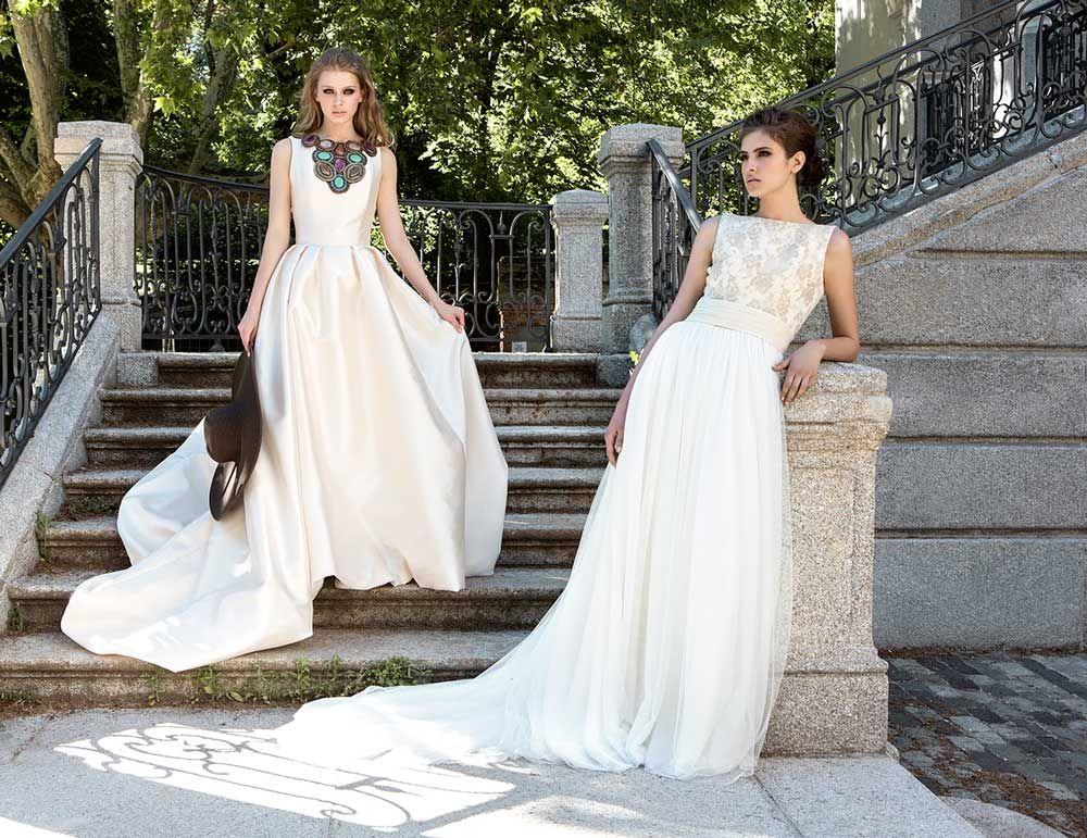 2fb2b18537 Vestido de novia en mikado de seda con tablones y corselete