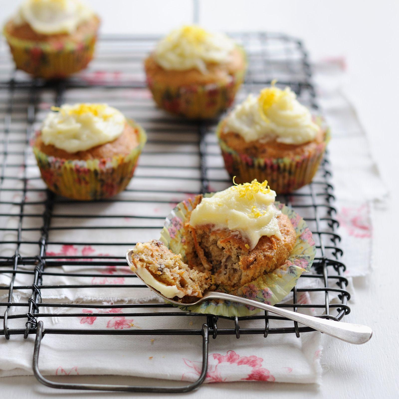 Découvrez la recette Cupcake façon carrot cake sur cuisineactuelle.fr.